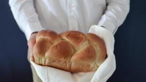 ねこねこ食パンの売り切れ時間は?焼き上がり時間や確実に購入する方法