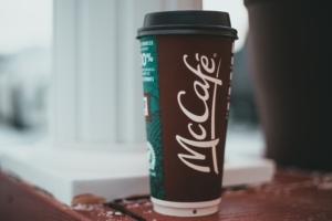 マックカフェ|テイクアウトの量が違う?サイズ毎の違いやコスパが良いメニュー!